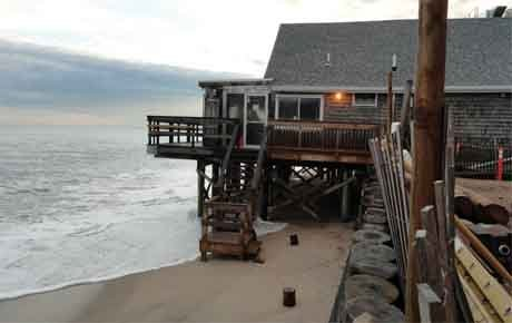 House built on oceanfront
